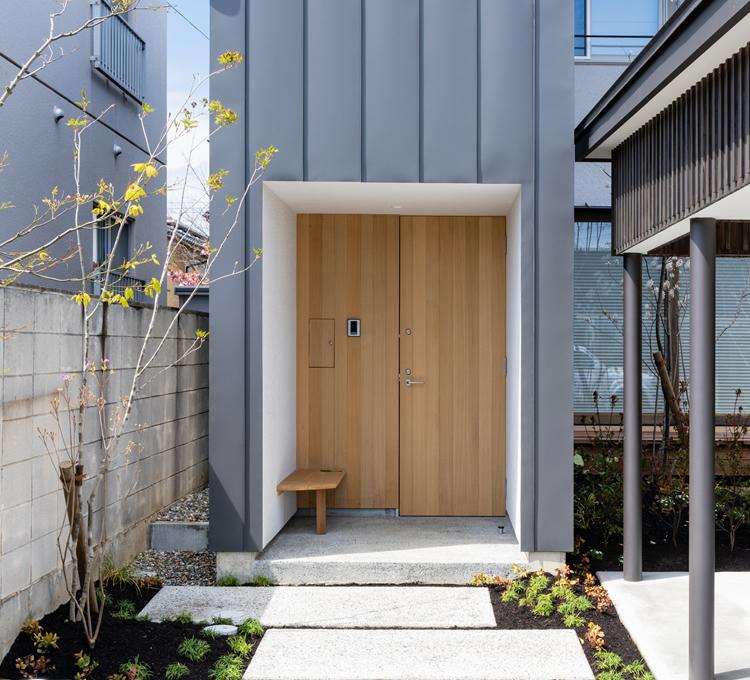 造作木製玄関